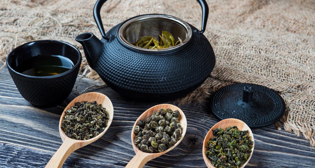 Arte del tè con teiera